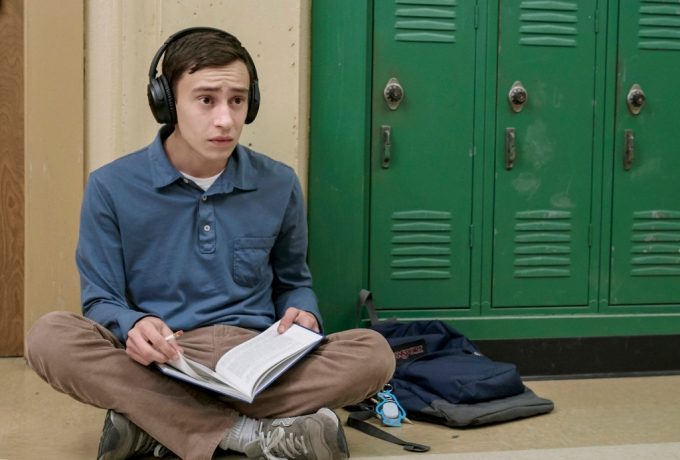 atypical-netflix-keir-gilchrist