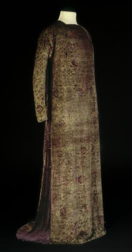 Robe Eleanora, © Stéphane Piera / Galliera / Roger-Viollet