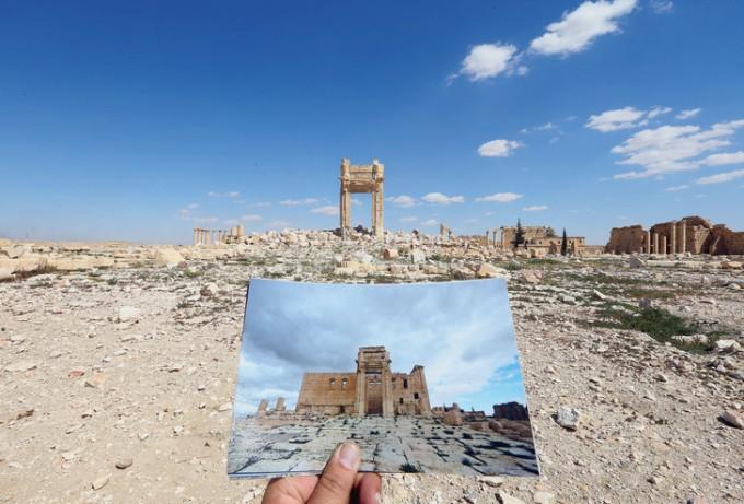 Photographie du temple de Bel avant sa destruction le 14 mars 2014, devant ses ruines après le départ de l'organisation Etat islamique. Joseph Eid AFP