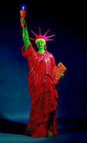 KH et LA II, Statue of Liberty, 1982.jpg