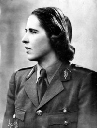 Marie Hackin en uniforme de volontaire française © Musée de l'Ordre de la Libération