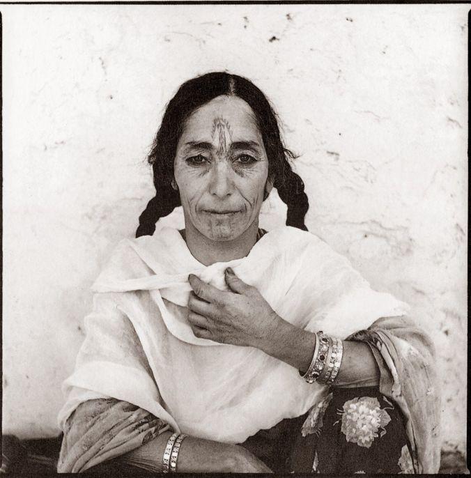 Marc Garanger, Femmes algériennes, 1960. Crédits : Marc Garanger,