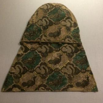 Aumônière aux cygnes et aux paons, toile de lin, taffetas de soie, conservé au musée de Cluny