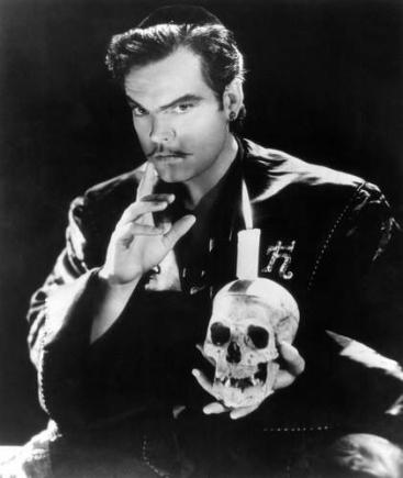 Orson Welles dans Black Magic, 1949.